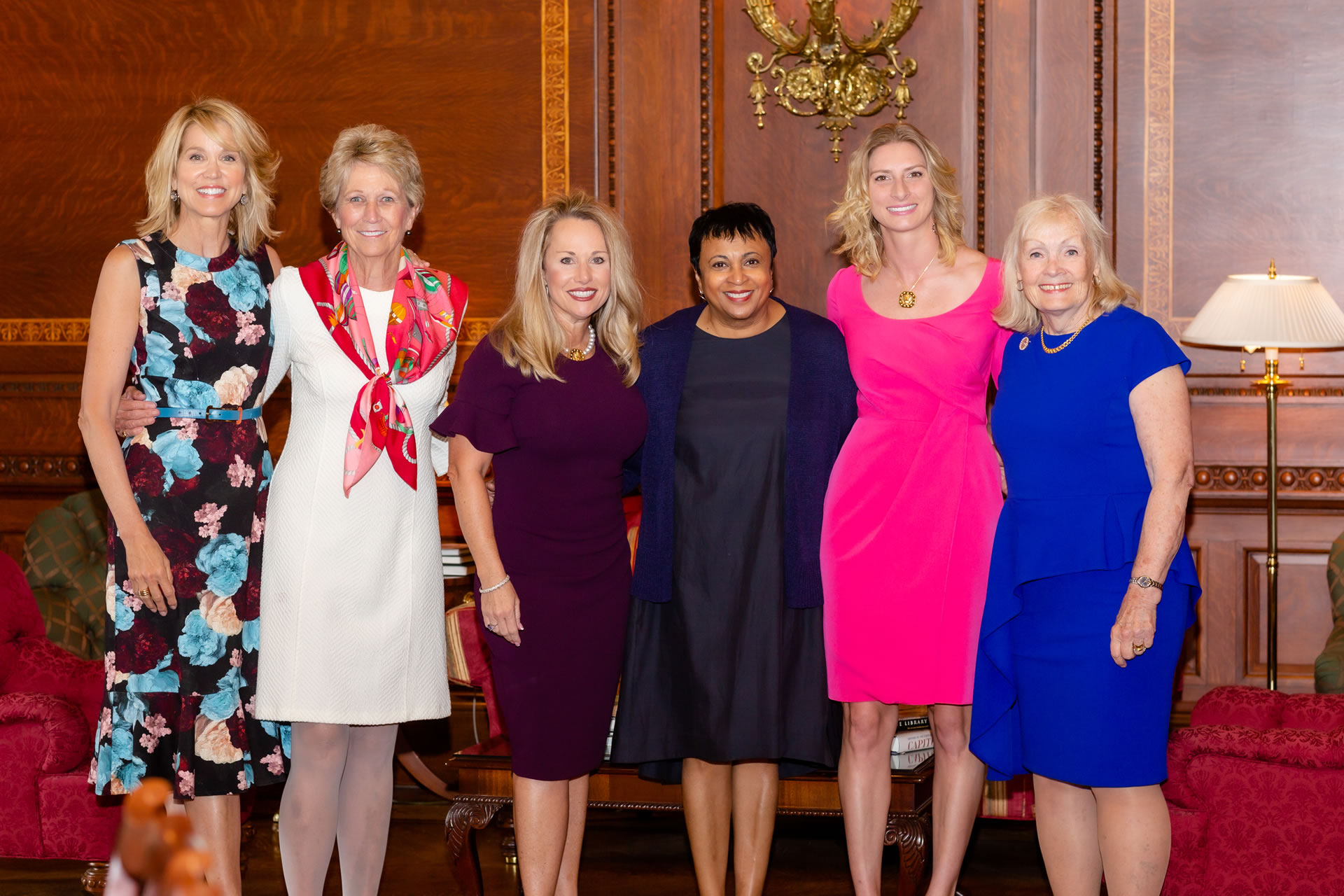 """L-R: Master of Ceremonies Paula Zahn, Prevent Cancer Foundation Founder/CEO Carolyn """"Bo"""" Aldigé, honoree LeeAnn Johnson, Librarian of Congress Dr. Carla Hayden, honoree Amanda Soto and presenter Marcelle Leahy."""