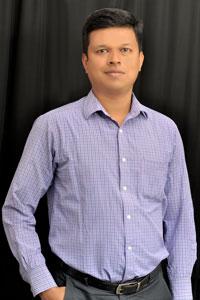 Dr. Naveen Khargehar